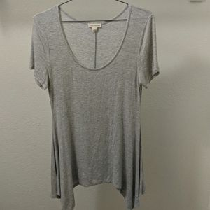 Zenana outfitters size large Gray top